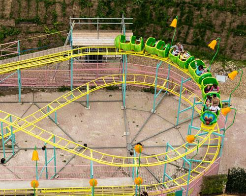 Beston worm roller coaster installation in America