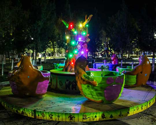 Teacup Theme Park Rides in Uzbekistan