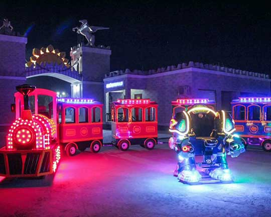 Beston Trackless Train and Robot Rides in Uzbekistan