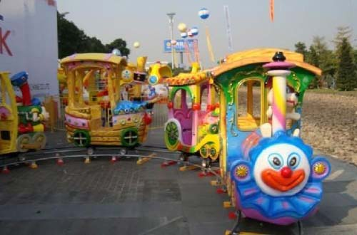 amusement-park-train-rides1