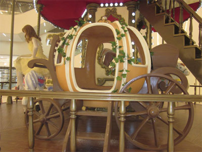 cabin for double decker carousel ride 01
