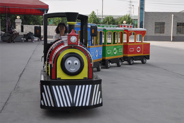 Smile trackless train ride for sale 02