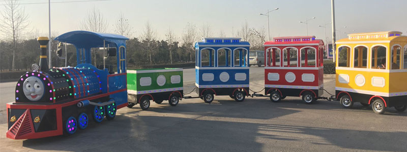 thomas trackless train ride manufacturer