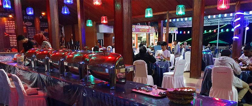 restaurant of amusemnet parks in indonesia